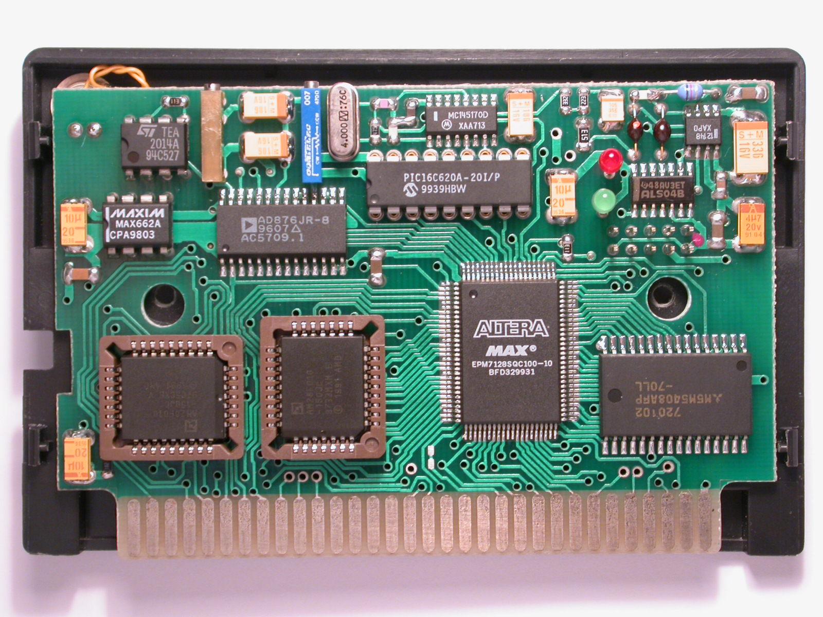 System Based On Sega Nomad Game Console For Analyzing Topography Of Electronic Circuit Jr Ispolzovanie Programmiruemyh Logicheskih Integralnyh Shem V Oftalmologicheskih Ustrojstvah Electronics Micro And Nanoelectronics